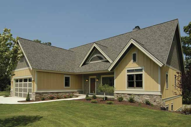Craftsman Exterior - Front Elevation Plan #928-88 - Houseplans.com