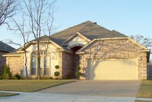 Home Plan - European Exterior - Front Elevation Plan #84-371