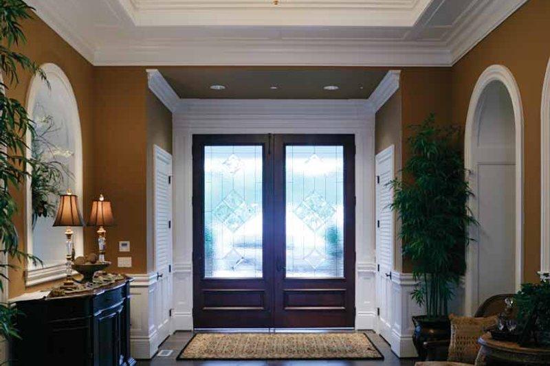Prairie Interior - Entry Plan #132-354 - Houseplans.com