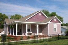 Craftsman Exterior - Front Elevation Plan #936-29
