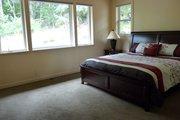 Prairie Style House Plan - 3 Beds 2 Baths 2279 Sq/Ft Plan #124-946 Photo