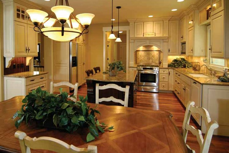 Craftsman Interior - Kitchen Plan #928-91 - Houseplans.com