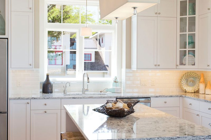 Craftsman Interior - Kitchen Plan #928-268 - Houseplans.com