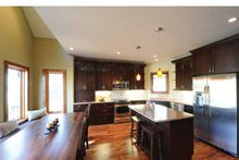 House Plan Design - Craftsman Interior - Kitchen Plan #23-2485