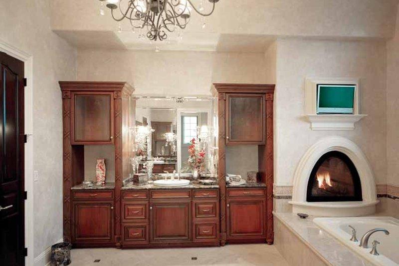 European Interior - Master Bathroom Plan #46-774 - Houseplans.com