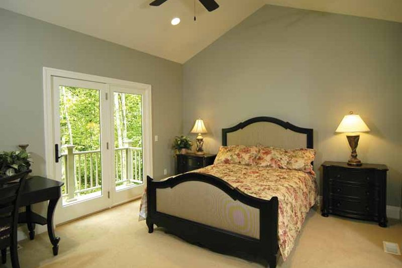 Craftsman Interior - Bedroom Plan #928-91 - Houseplans.com