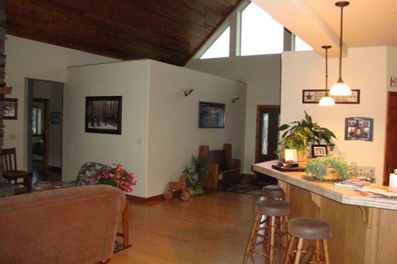 Contemporary Interior - Family Room Plan #117-849 - Houseplans.com