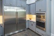Prairie Style House Plan - 3 Beds 2.5 Baths 2115 Sq/Ft Plan #929-1001 Interior - Kitchen