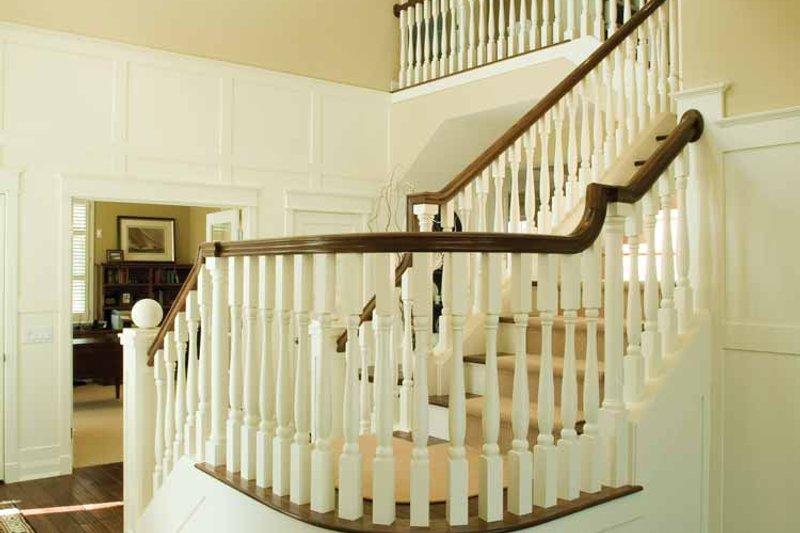 Craftsman Interior - Entry Plan #928-59 - Houseplans.com