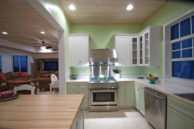 Country Interior - Kitchen Plan #928-57 - Houseplans.com