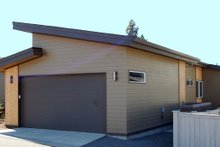House Plan Design - Modern Exterior - Rear Elevation Plan #895-31