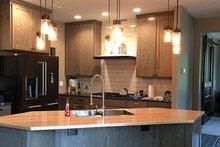 Craftsman Interior - Kitchen Plan #48-639