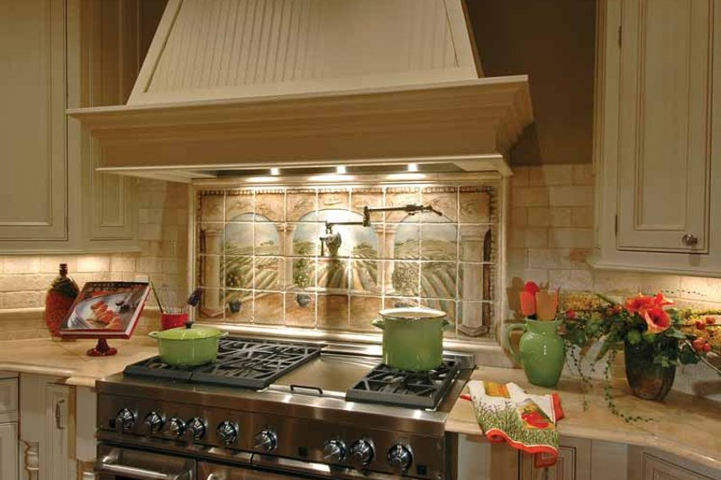 Craftsman Interior - Kitchen Plan #132-353 - Houseplans.com