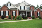 Colonial Style House Plan - 5 Beds 4 Baths 2858 Sq/Ft Plan #927-849