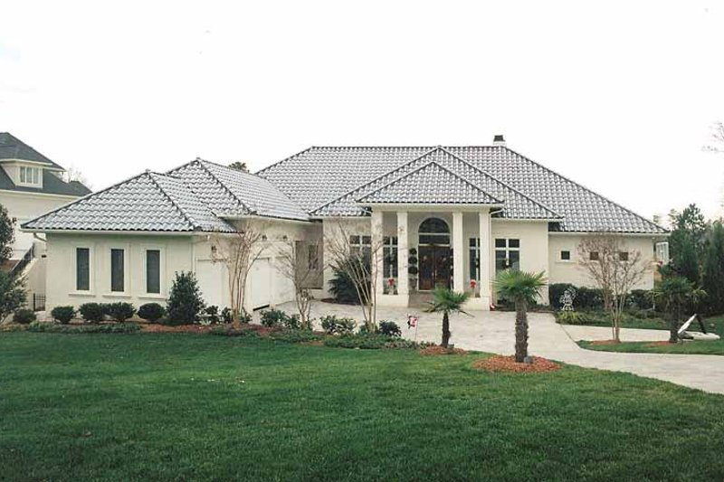 Mediterranean Exterior - Front Elevation Plan #453-177 - Houseplans.com