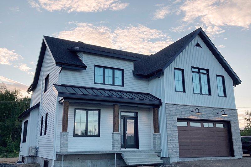 House Plan Design - Farmhouse Photo Plan #23-2725