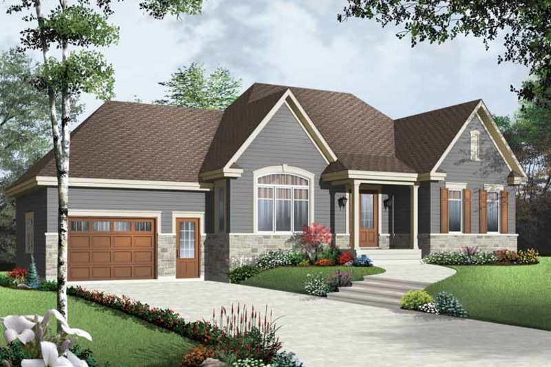 Traditional Exterior - Front Elevation Plan #23-2498 - Houseplans.com