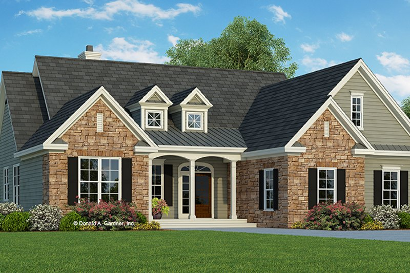 House Plan Design - Traditional Exterior - Front Elevation Plan #929-979