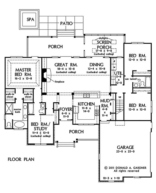 Country Style House Plan - 4 Beds 3 Baths 2124 Sq/Ft Plan #929-46 Floor Plan - Main Floor Plan
