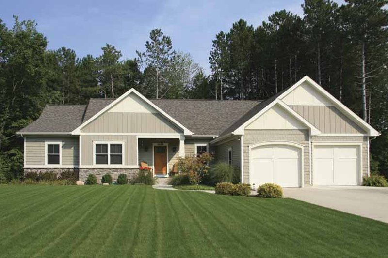House Plan Design - Craftsman Exterior - Front Elevation Plan #928-152