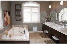 House Plan Design - European Interior - Master Bathroom Plan #23-2547