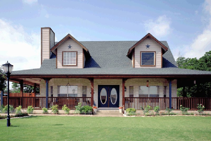 Dream House Plan - Victorian Exterior - Front Elevation Plan #472-145