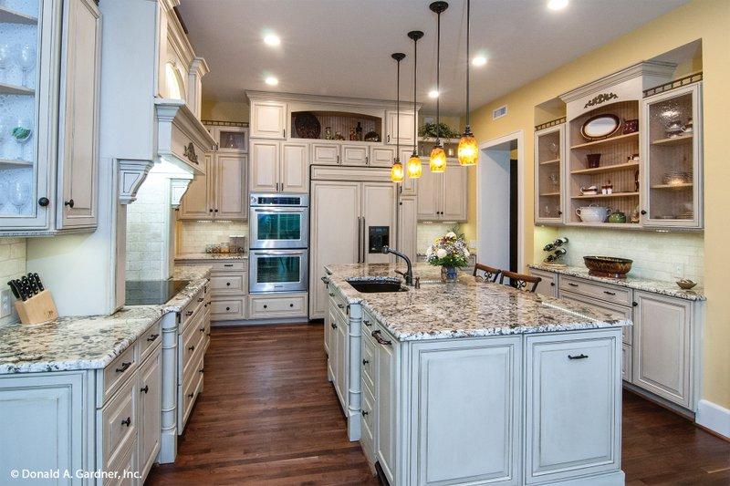 Craftsman Interior - Kitchen Plan #929-1 - Houseplans.com
