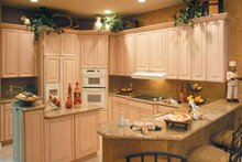 Mediterranean Interior - Kitchen Plan #930-318