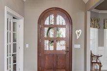Craftsman Interior - Entry Plan #929-920