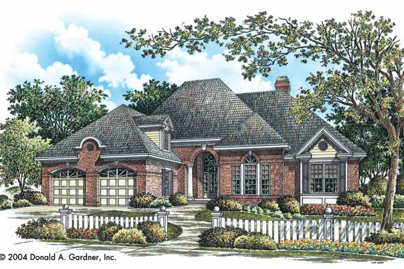 Traditional Exterior - Front Elevation Plan #929-744 - Houseplans.com
