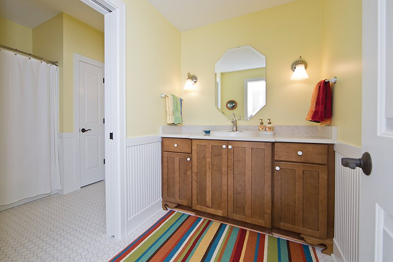 Contemporary Interior - Bathroom Plan #928-274 - Houseplans.com