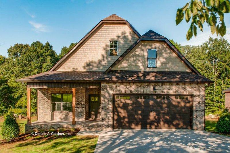 Dream House Plan - Craftsman Exterior - Front Elevation Plan #929-869