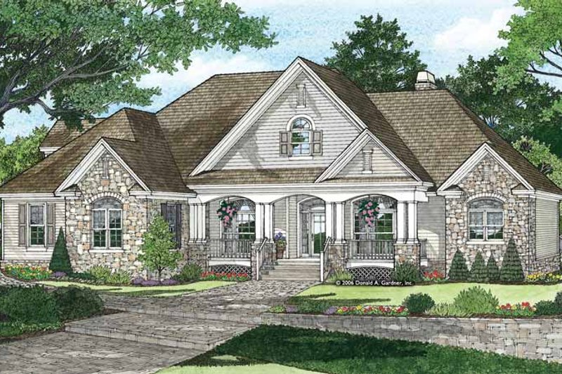 Traditional Exterior - Front Elevation Plan #929-874 - Houseplans.com