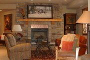 Craftsman Style House Plan - 5 Beds 6.5 Baths 5876 Sq/Ft Plan #942-16 Interior - Family Room