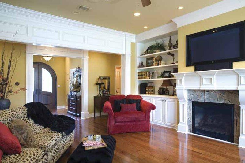 Traditional Interior - Family Room Plan #17-2775 - Houseplans.com
