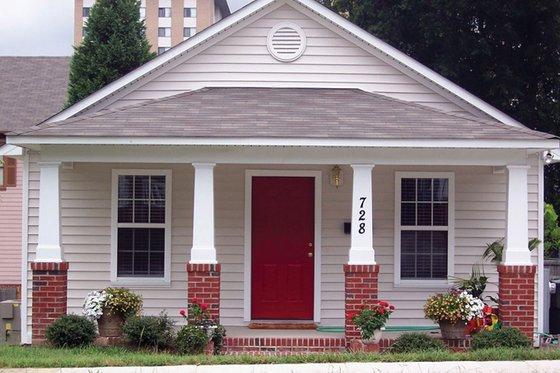 Dream House Plan - Craftsman Exterior - Front Elevation Plan #936-24