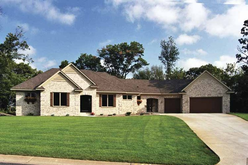 Traditional Exterior - Front Elevation Plan #51-678 - Houseplans.com