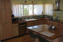Contemporary Interior - Kitchen Plan #1042-14