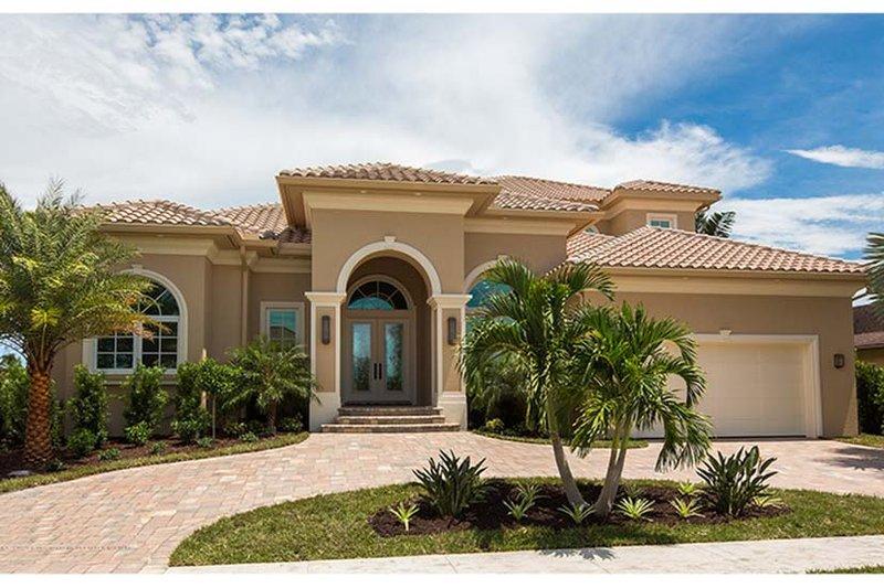 House Plan Design - Mediterranean Exterior - Front Elevation Plan #1017-162