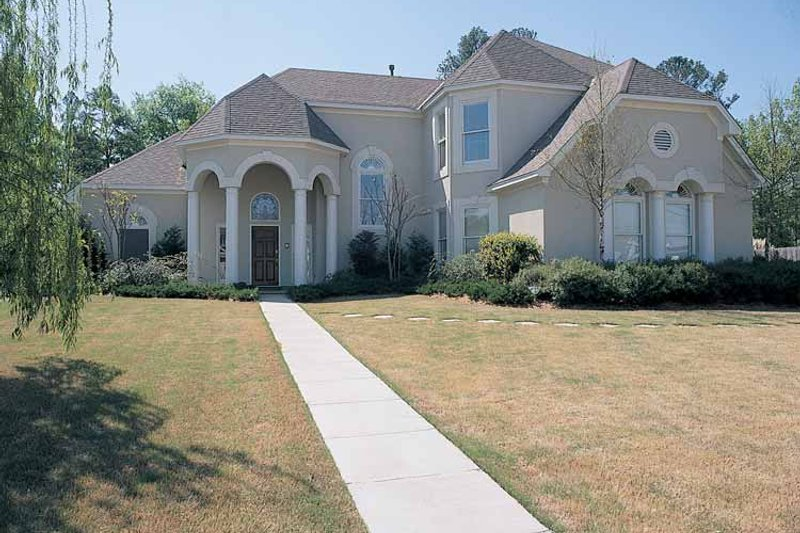 Dream House Plan - Country Exterior - Front Elevation Plan #952-25