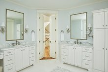 Craftsman Interior - Master Bathroom Plan #928-304