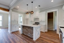 Farmhouse Interior - Kitchen Plan #430-164
