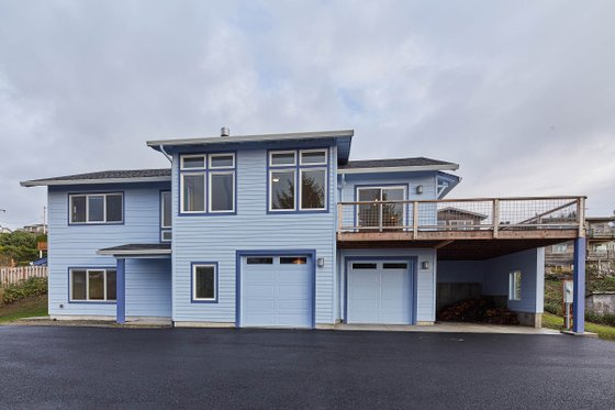 Craftsman Exterior - Front Elevation Plan #890-12