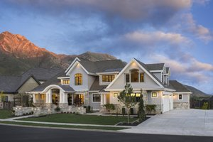 Dream House Plan - Craftsman Exterior - Front Elevation Plan #920-24