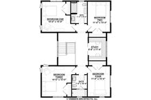 Farmhouse Floor Plan - Upper Floor Plan Plan #928-324