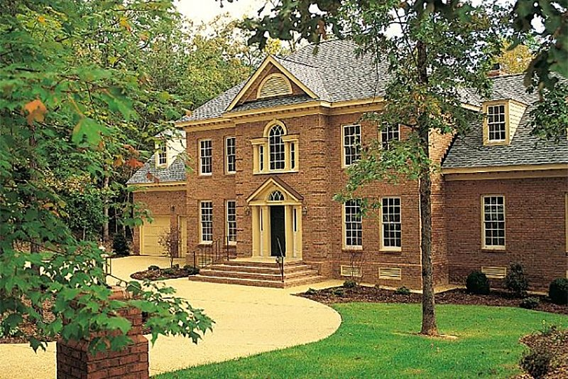 Southern Exterior - Front Elevation Plan #137-192 - Houseplans.com