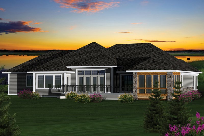 Country Exterior - Rear Elevation Plan #70-1051 - Houseplans.com