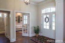 Home Plan - Craftsman Interior - Entry Plan #929-824