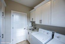 Cottage Interior - Laundry Plan #929-992