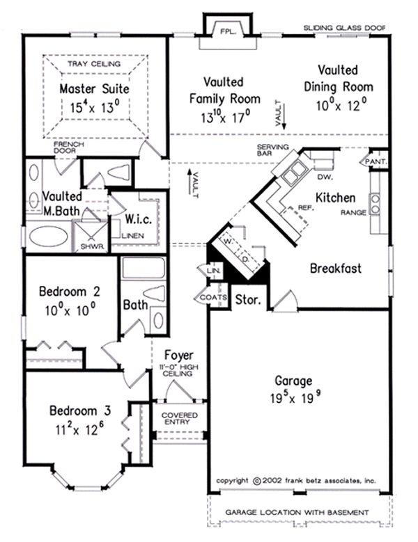 Traditional Floor Plan - Main Floor Plan Plan #927-38